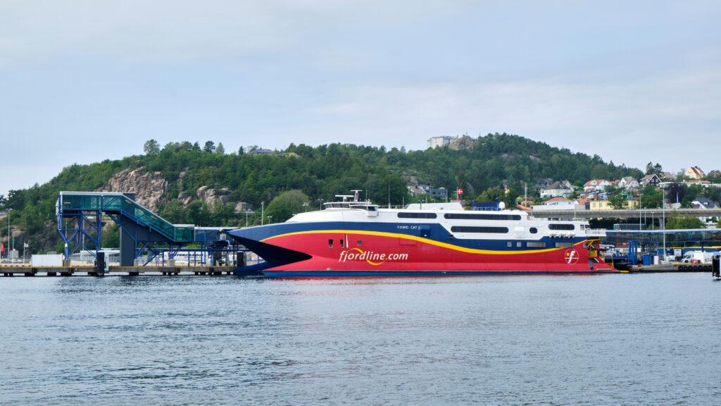 De speedferry van Fjordline naar Noorwegen